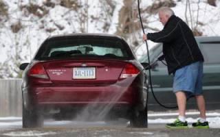 Как и чем мыть машину зимой